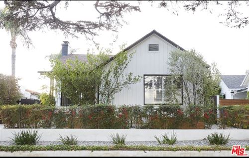 Photo of 309 N Bronson Avenue, Los Angeles, CA 90004 (MLS # 21711900)