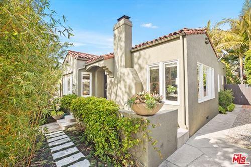 Photo of 2818 Grayson Avenue, Venice, CA 90291 (MLS # 21712900)