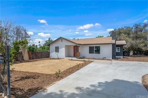 Photo of 1375 Malachite Avenue, Mentone, CA 92359 (MLS # CV21127900)