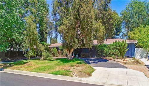 Photo of 9624 Etiwanda Avenue, Northridge, CA 91325 (MLS # SR21171900)