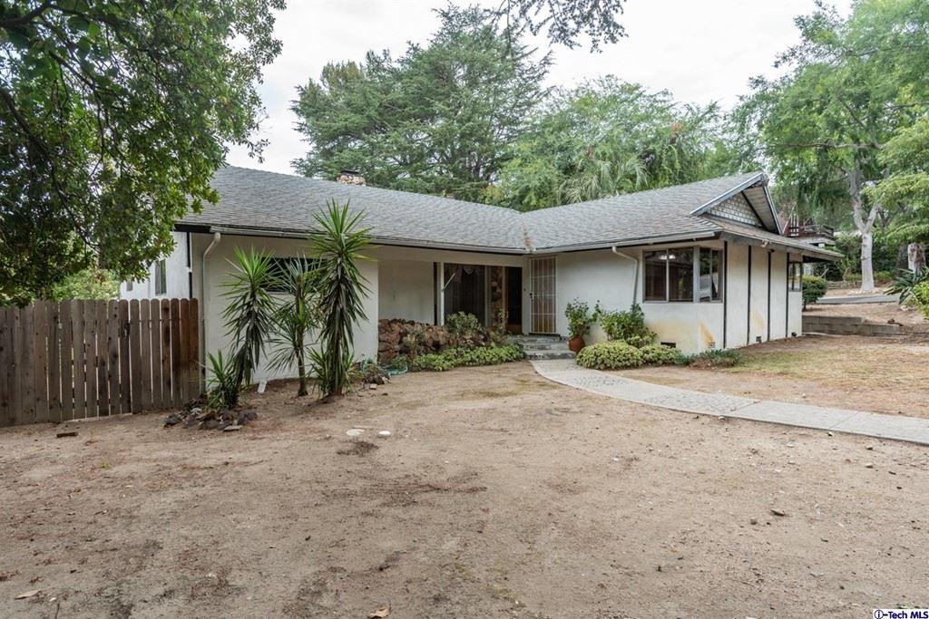 Photo of 4715 Palm Drive, La Canada Flintridge, CA 91011 (MLS # 320006900)