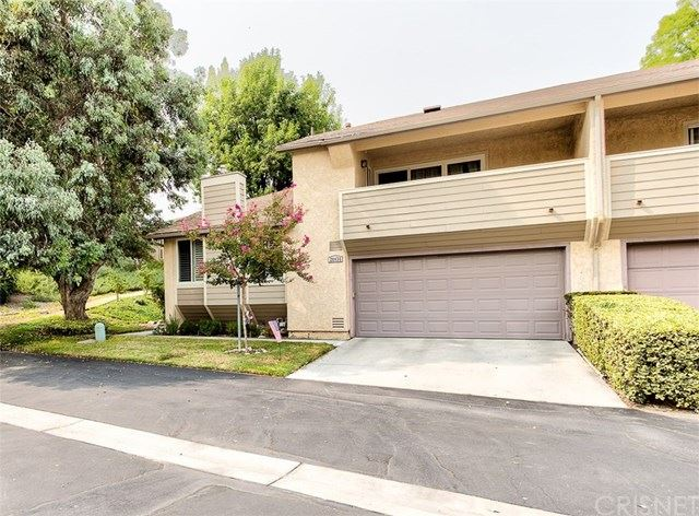 Photo for 20030 Avenue Of The Oaks, Newhall, CA 91321 (MLS # SR20193900)