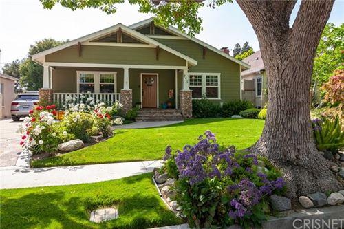 Photo of 741 N Catalina Street, Burbank, CA 91505 (MLS # SR21070901)