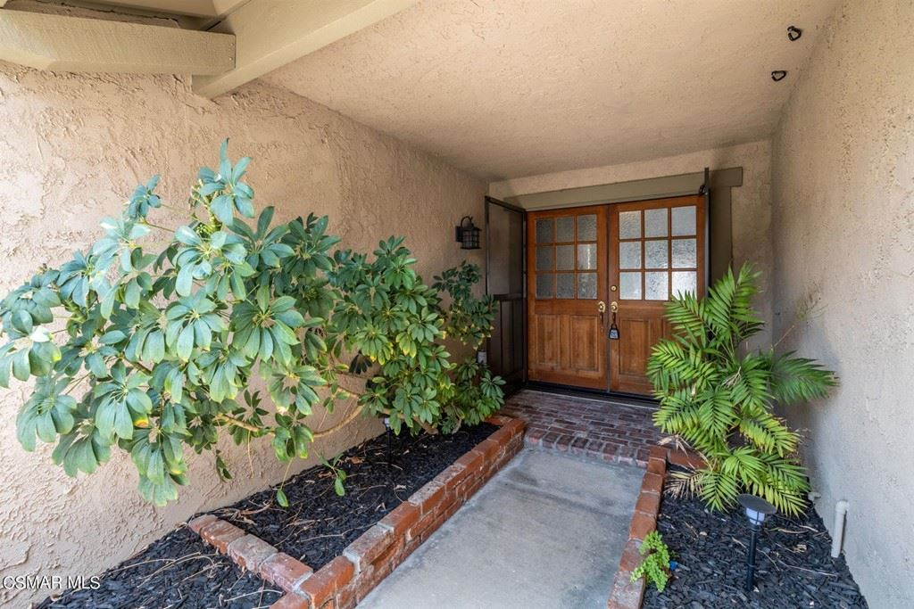 Photo of 4287 Granadilla Drive, Moorpark, CA 93021 (MLS # 221003901)
