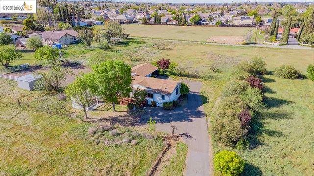 Photo of 7770 Lone Tree Way, Brentwood, CA 94513 (MLS # 40900901)