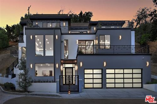 Photo of 14916 Round Valley Drive, Sherman Oaks, CA 91403 (MLS # 20622902)