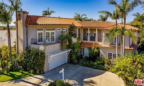 Photo of 2839 Medill Place, Los Angeles, CA 90064 (MLS # 21678902)