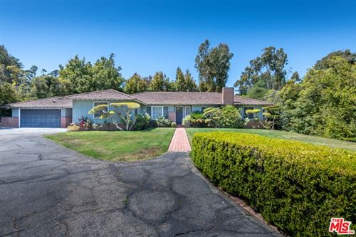 Photo of 367 S Canyon View Drive, Los Angeles, CA 90049 (MLS # 21736902)
