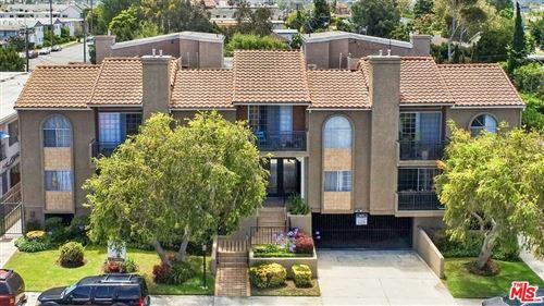 Photo of 12420 Woodgreen Street, Los Angeles, CA 90066 (MLS # 21782902)