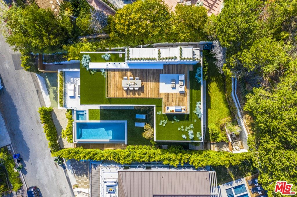 Photo of 1330 monument Drive, Pacific Palisades, CA 90272 (MLS # 20662902)