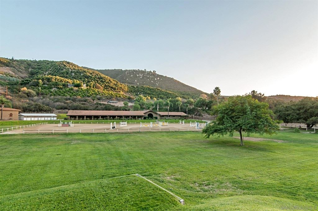 9363 Old Castle Rd, Valley Center, CA 92082 - MLS#: 210018902