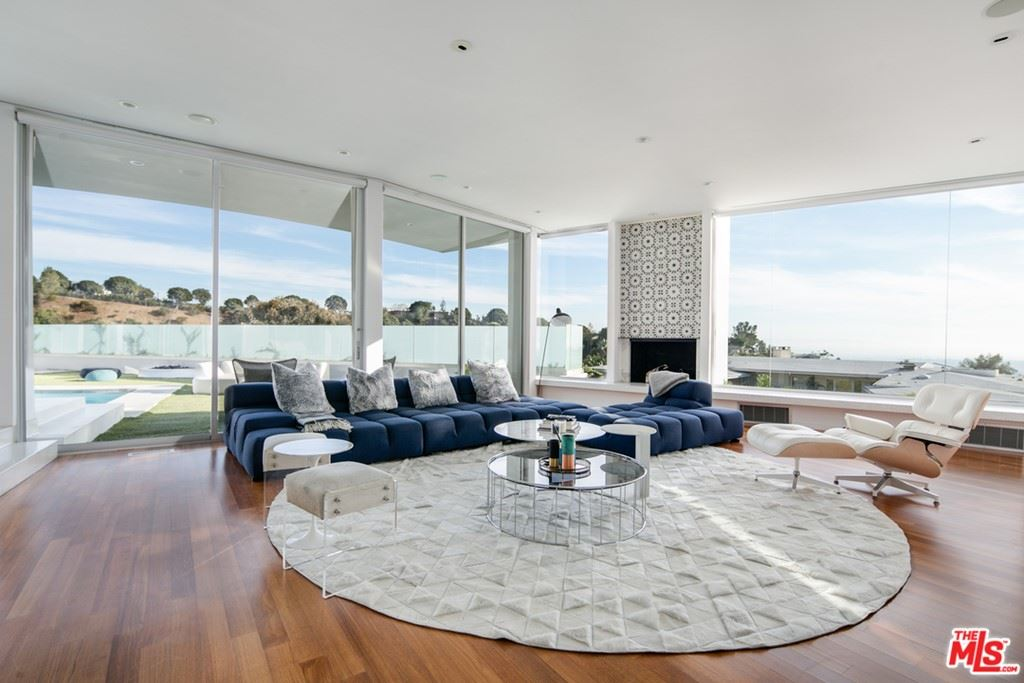 Photo of 1119 Wallace, Beverly Hills, CA 90210 (MLS # 21764902)
