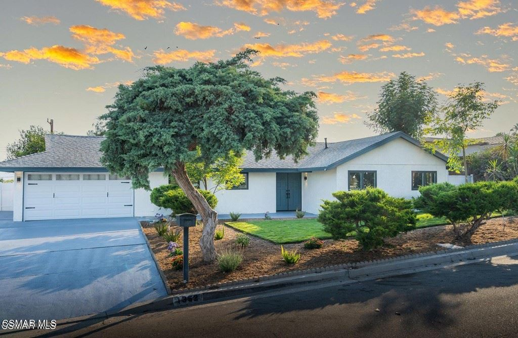 Photo of 1382 Calle Pimiento, Thousand Oaks, CA 91360 (MLS # 221003903)
