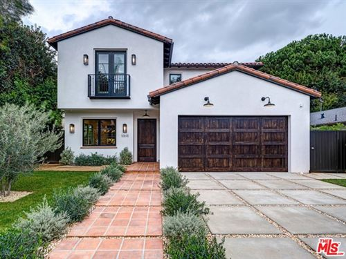 Photo of 10615 Butterfield Road, Los Angeles, CA 90064 (MLS # 21696904)