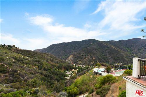 Photo of 1940 Palisades Drive, Pacific Palisades, CA 90272 (MLS # 21761904)