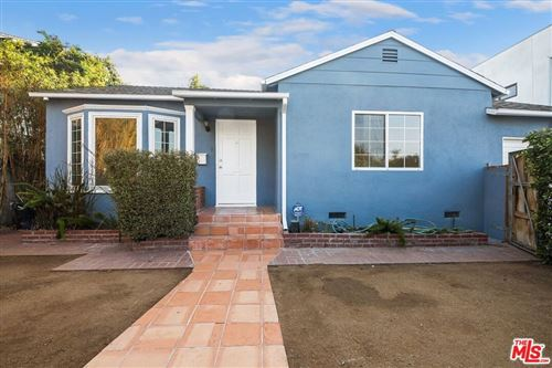 Photo of 1507 Walgrove Avenue, Los Angeles, CA 90066 (MLS # 21778904)