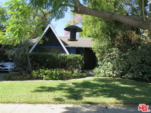 Photo of 5031 Greenbush Avenue, Sherman Oaks, CA 91423 (MLS # 21794904)