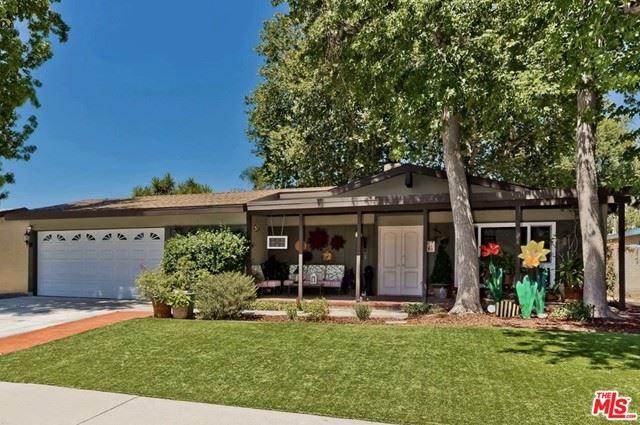 Photo of 10545 Dempsey Avenue, Granada Hills, CA 91344 (MLS # 21756904)