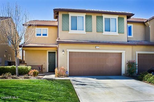 Photo of 4813 Edenbridge Road, Moorpark, CA 93021 (MLS # 221000905)