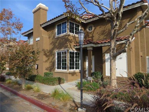 Photo of 28 Via Esperanza, Rancho Santa Margarita, CA 92688 (MLS # SB21014906)