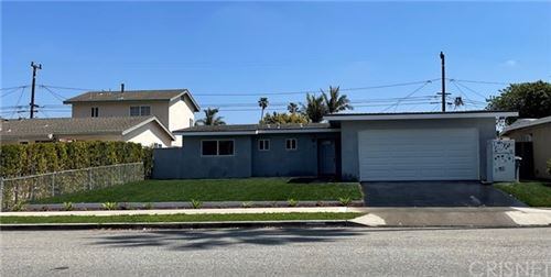 Photo of 1600 Mcloughlin Avenue, Oxnard, CA 93035 (MLS # SR21073906)