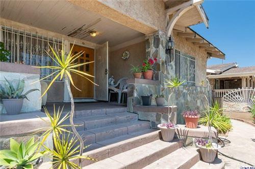 Photo of 743 N Edgemont Street, Hollywood, CA 90029 (MLS # 320002907)