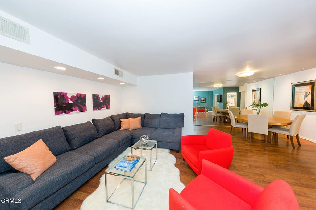 Photo of 1010 Palm Avenue #104, West Hollywood, CA 90069 (MLS # P1-5907)