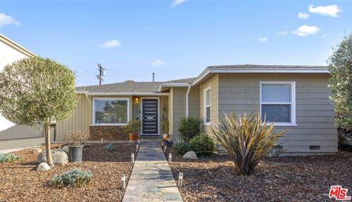 Photo of 12528 Short Avenue, Los Angeles, CA 90066 (MLS # 20645908)