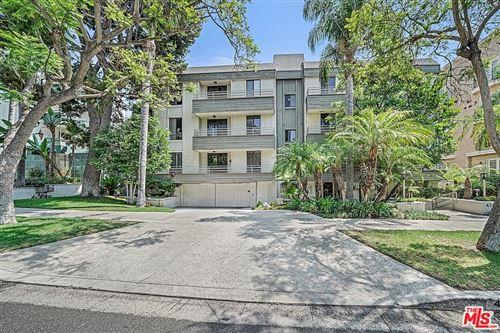 Photo of 450 N Oakhurst Drive #101, Beverly Hills, CA 90210 (MLS # 21776908)