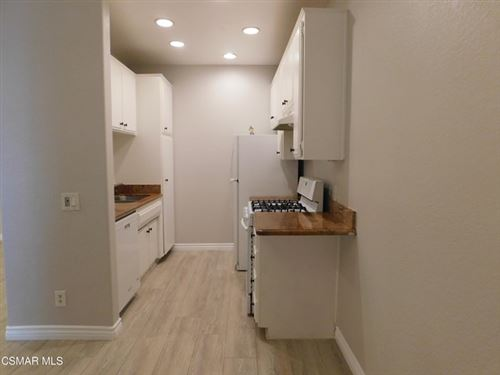 Photo of 152 Maegan Place #1, Thousand Oaks, CA 91362 (MLS # 221002908)