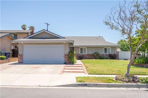 Photo of 20234 Cedarcreek Street, Canyon Country, CA 91351 (MLS # SR21130908)