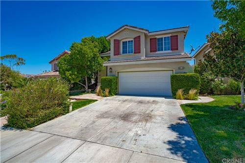 Photo of 26806 Serrano Place, Canyon Country, CA 91351 (MLS # SR21145908)