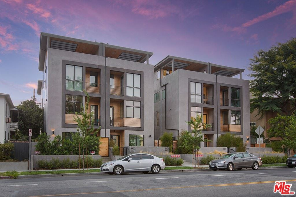 Photo for 4427 Studio Place, North Hollywood, CA 91602 (MLS # 21782908)