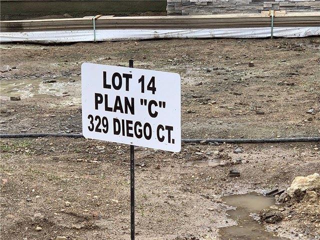 Photo of 329 Diego Court, Templeton, CA 93465 (MLS # SC21054908)