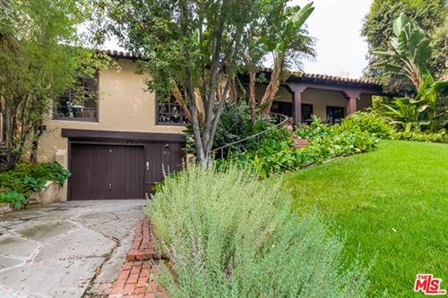Photo of 1423 Warnall Avenue, Los Angeles, CA 90024 (MLS # 20631910)