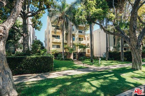 Photo of 410 N Oakhurst Drive #202, Beverly Hills, CA 90210 (MLS # 20648910)