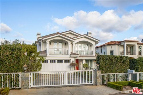 Photo of 236 S Medio Drive, Los Angeles, CA 90049 (MLS # 21693910)