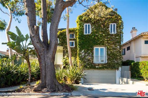 Photo of 2837 Granville Avenue, Los Angeles, CA 90064 (MLS # 21730910)