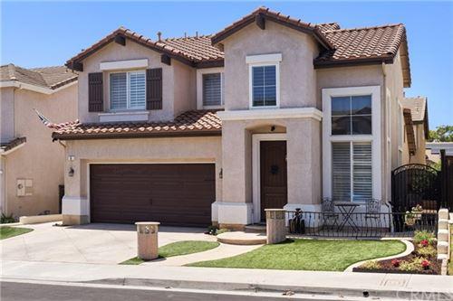 Photo of 5 Daybreak Ln Lane, Rancho Santa Margarita, CA 92688 (MLS # OC21141911)
