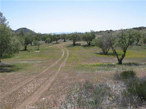 Photo of 0 Vac/Gavin Ct/Vic Trail Road, Agua Dulce, CA 91390 (MLS # SR16186911)