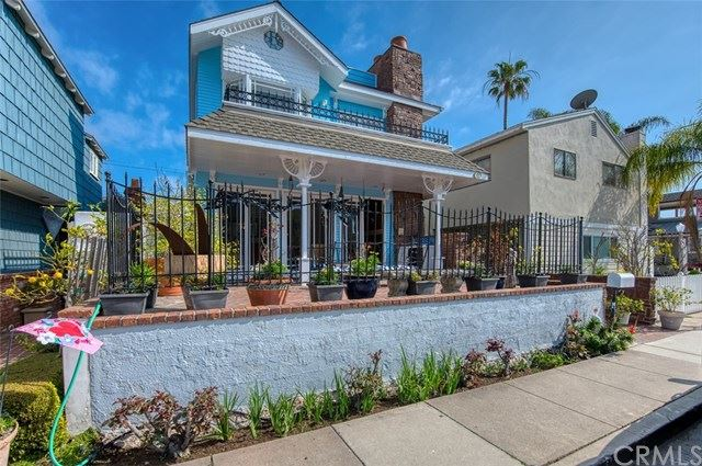 Photo of 202 Coral Avenue, Newport Beach, CA 92662 (MLS # NP21029911)