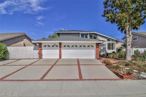Photo of 2878 Calendula Court, Thousand Oaks, CA 91360 (MLS # 221002913)