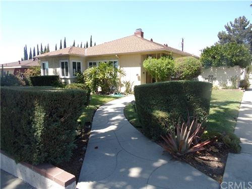 Photo of 941 E Orange Grove, Burbank, CA 91501 (MLS # BB20191913)