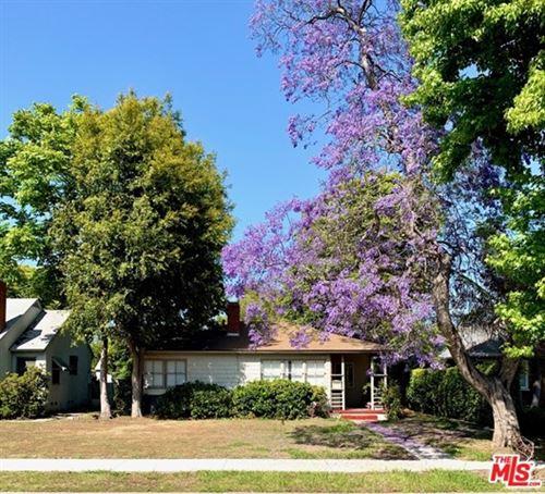 Photo of 2738 Westwood Boulevard, Los Angeles, CA 90064 (MLS # 20605914)