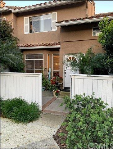 Photo of 27467 Jasmine Avenue, Mission Viejo, CA 92692 (MLS # NP20014914)
