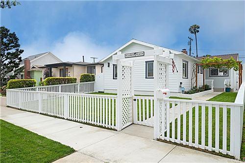 Photo of 409 N Paulina Avenue, Redondo Beach, CA 90277 (MLS # SB21162914)