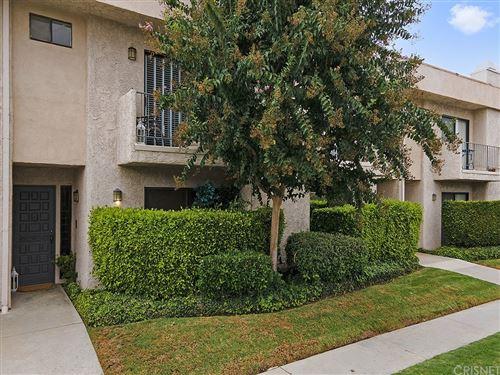 Photo of 4327 Freedom Drive #4, Calabasas, CA 91302 (MLS # SR21201914)