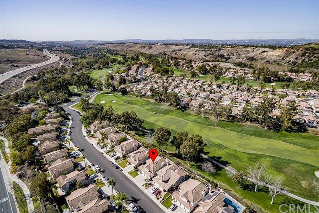 Photo of 31 Sendero, Rancho Santa Margarita, CA 92688 (MLS # OC21005914)