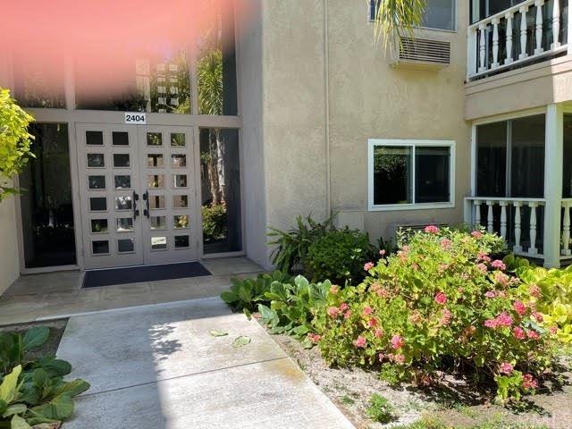 2404 W Via Mariposa #1F, Laguna Woods, CA 92637 - MLS#: OC21127914