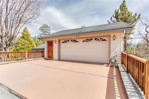 Photo of 39613 Oak Glen Road, Fawnskin, CA 92333 (MLS # CV21093915)
